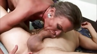 Sexy mature anal sex action in the bedroom