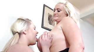 Good blondes enjoy old and young lesbian sex