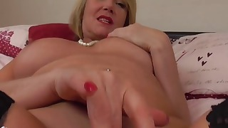 Sweet mature lady shows her gorgeous body